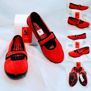 🆕Champion Red Suede slip-on flats size 6.5💋